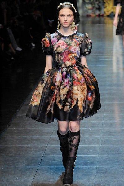 Dolce & Gabbana Fall 2012 |Gabbana, Sweet, Inspiration, Dresses, Latest Fashion Trends, Winter Trends, Prints, Floral, Milan Fashion Weeks