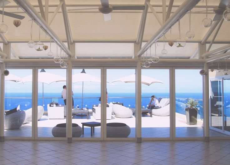 Exclusive hire of Jonah's restaurant and cliff top balcony is sure to impress!