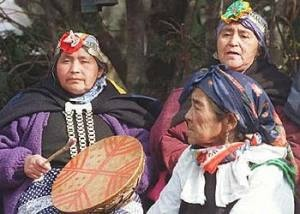 Mapuche women. The largest indigenous people in Chile.