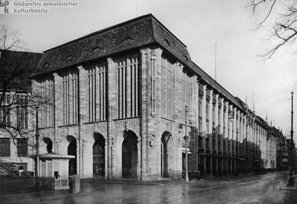 Alfred Messel Wertheimin tavaratalo - Berliini - 1896 ; 1900-04