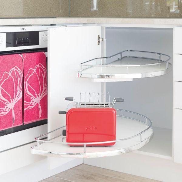 Kulmakaappimekanismien ehdotonta aatelia! Molempiin suuntiin vaimennus ja portaaton korkeuden säätö. Valittavissa oven kätisyys sekä useita mittoja. #slideout #kulmakaappi #keittiö #kitchen #kök #gripshop
