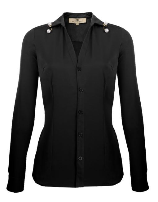 Goldie Estelle dames blouse getailleerd overhemd met v-hals met parel zwart - Getailleerde blouse met opzijslaande kraag. De blouse heeft een V-hals en sluit aan de voorzijde met kleine knopen. In de boord is een kleine gouden ring geperforeerd. Hier doorheen steekt een staafje die aan beide uiteinden is versierd met een glanzende parel.