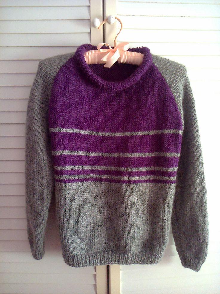 Jersey tejido en dos agujas ,con manga ranglan , en dos colores y con menos de tres ovillos de lana,
