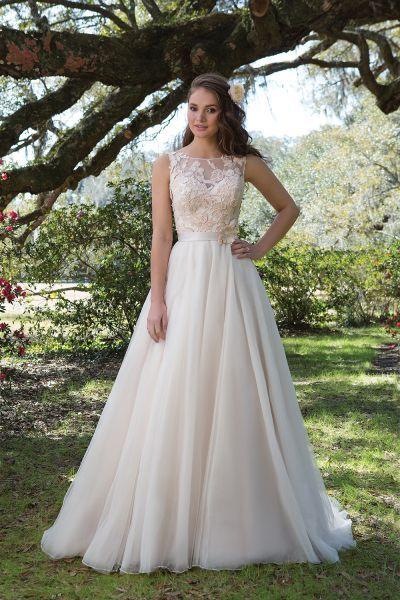 Resultado de imagen para vestidos de novia juveniles jardin
