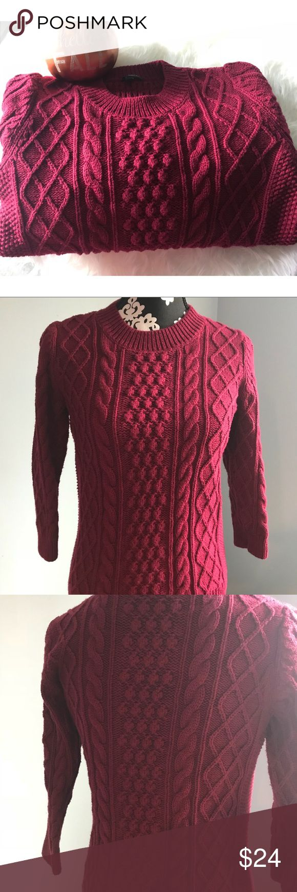 "Talbots Medium Petite Sweater Size MP. Great condition sweater. 55% cotton, 20% nylon, 15% wool, 10% polyester.  22"" length. 18"" chest, waist 16"" sleeve length 18"" Talbots Sweaters"