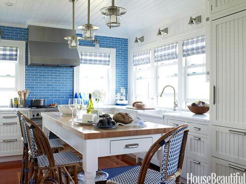 Pretty blue kitchen