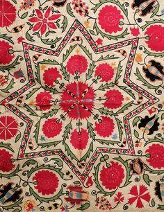Vintage Uzbek Suzani From 19th Century Suzani Suzaniroom Pinterest