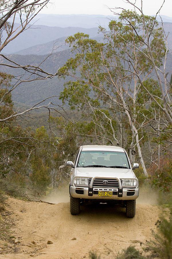 4wd experience through the Snowy Mountains http://www.bloggerme.com.au/states/snowy-mountains Australia