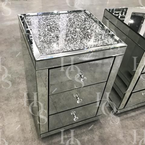 Diamond Crush Top Mirrored Bedside Table