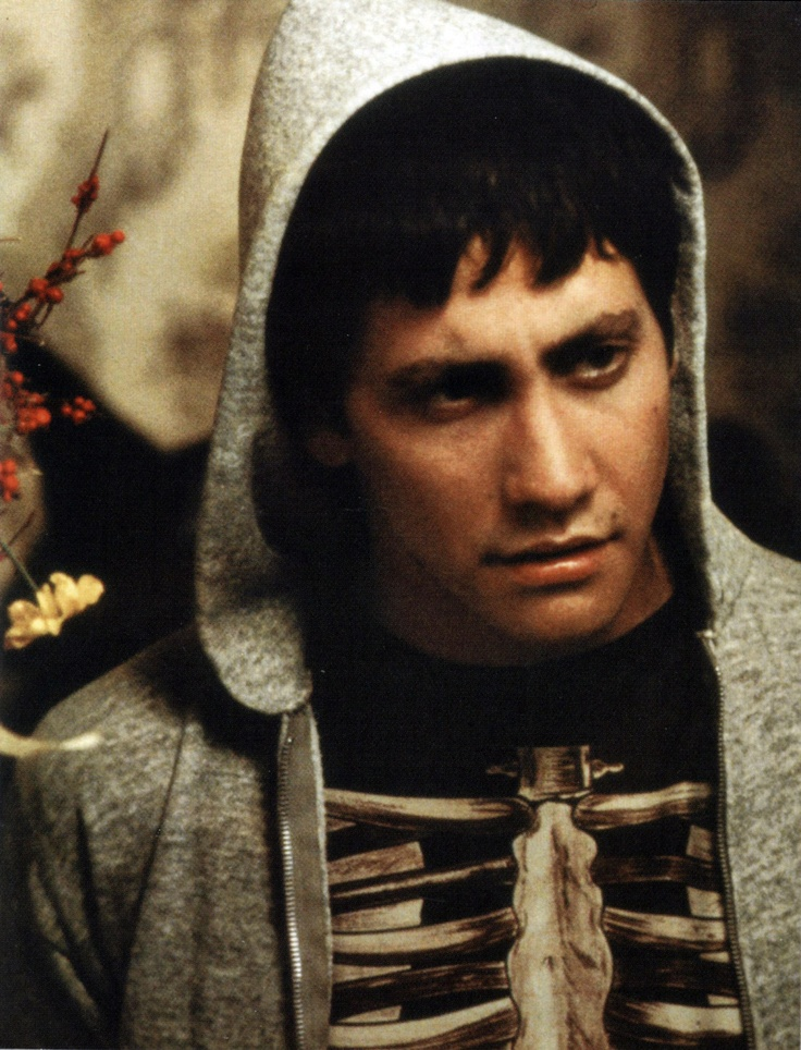 Donnie Darko by Richard Kelly with Jake Gyllenhaal, Patrick Swayze, Drew Barrymore, Maggie Gyllenhaal, Jena Malone...