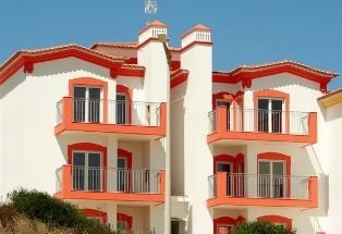 Brand new apartment complex in Alijezur, Algarve, http://pt.meravista.com/en/property-aljezur-algarve-portugal/apartment-espartal-monte-clerigo-54848