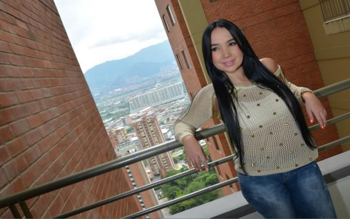 La cantante Paola Jara abre las puertas de su intimidad http://www.metrocuadrado.com/decoracion/content/paola-jara?s_cid=info
