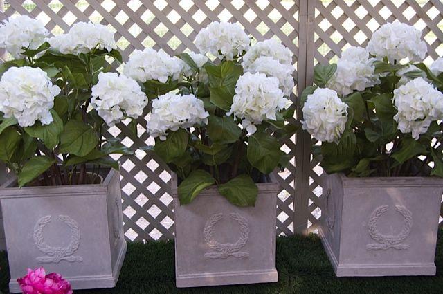 Hortensias artificiales en macetas