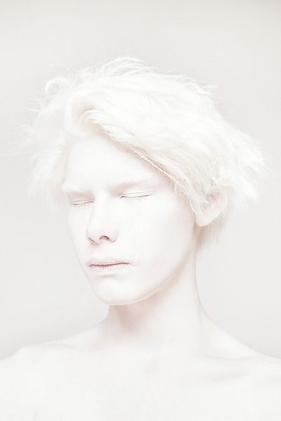 White portrait photography | inspiration for minimal design and artwork |
