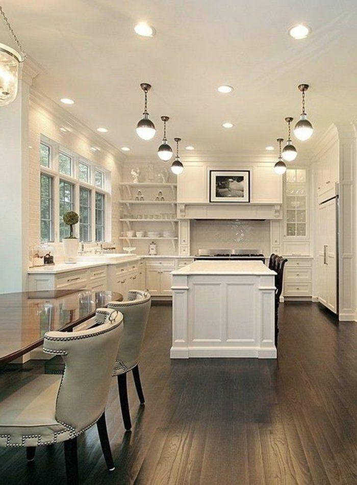 cuisine americaine de luxe avec sol en parquet noir