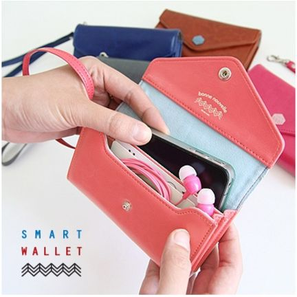 so want this. now the question is...which color???: Phones Wallets, Coral Pink, Ideas, Smart Phones, Smart Wallets, Smartphone Wallets, Credit Cards, Posts Smartphone, While