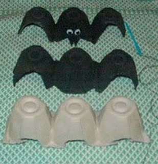 Egg Carton Bats. Something for the kids to make. Cute