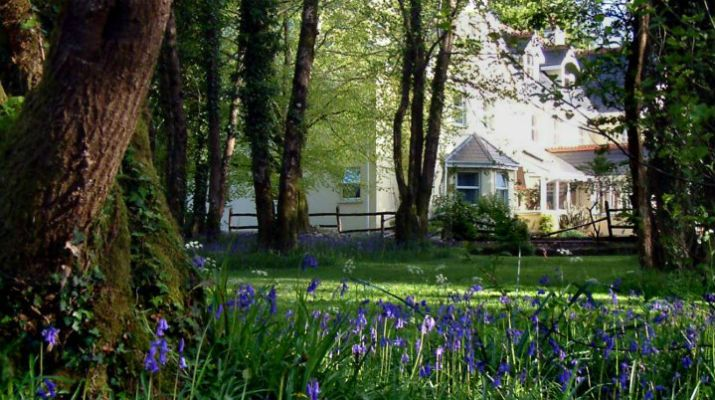 The garden of the 3* Gleann Fia Country House, Co. Kerry