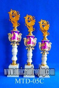 Jual Trophy Piala Penghargaan, Trophy Piala Kristal, Piala Unik, Piala Boneka, Piala Plakat, Sparepart Trophy Piala Plastik Harga Murah Distributor Piala Trophy Tangerang