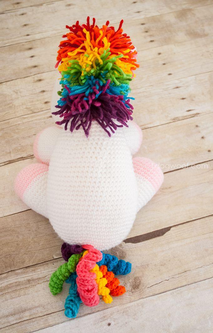 Love the colors on this crochet unicorn. Free pattern!   www.1dogwoof.com