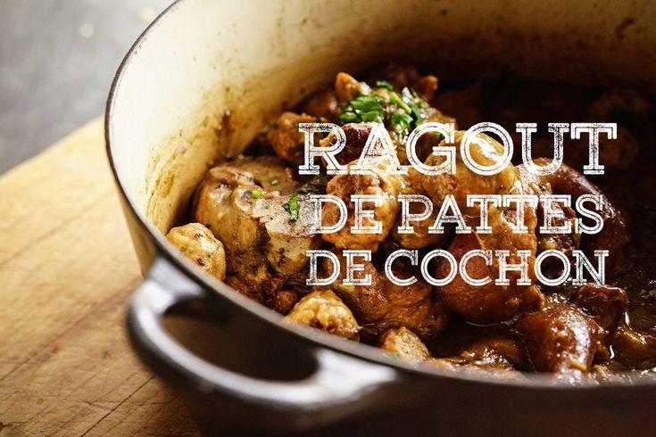 Cette recette a été cuisinée depuis la colonisation de la Nouvelle-France et est encore servie dans nos familles à Noël. Le secret de la recette, c'est l'assaisonnement! Au siècle derni…