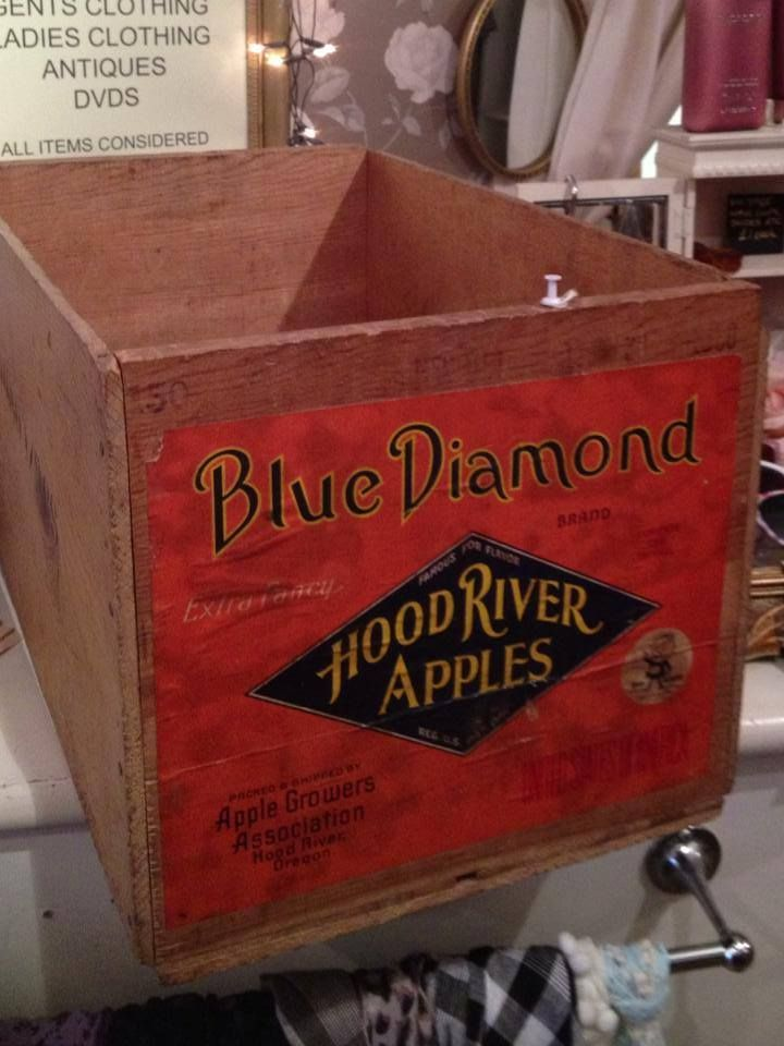 The 25 best apple crates for sale ideas on pinterest for Where can i find old wine crates