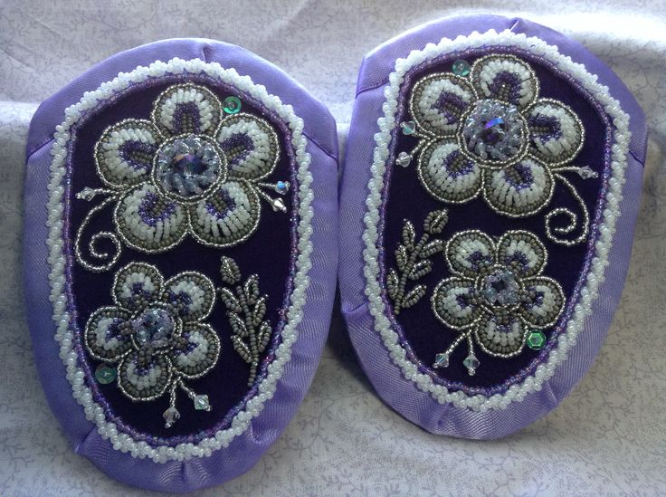 Iroquois raised beadwork by Sadie Thompson