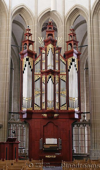 The 1999 Reil organ in the Bovenkerk, Kampen, The Netherlands.  I love the en chamade sprouting out near the top like fireworks, and the 3 little towers. I admit I have no idea what they're for, if other than decorative.