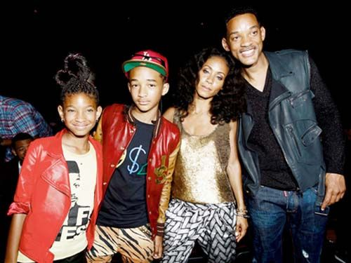 Will Smith and family spent thanksgiving in JAMAICA - http://www.yardhype.com/will-smith-and-family-spent-thanksgiving-in-jamaica/
