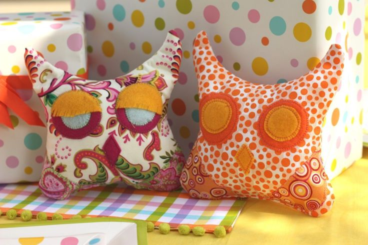 diy-owl-crafts: Owl Pillows, Crafts Ideas, Kids Birthday, Diy Crafts, Diycraft, Owl Crafts, Birthday Parties Crafts, Pillows Crafts, Plush Owl