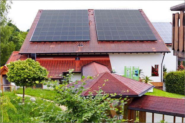 Die #Photovoltaikanlage liefert den #Strom für das gesamte Biohotel @eggensberger  #biohotel #biohotels