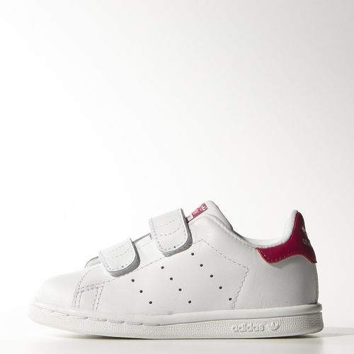 adidas - Stan Smith Shoes. Love the pink accent. Dries loves pink!