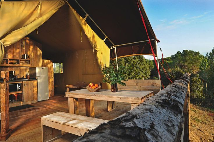 domaine sainte colombe safaritent lodgetent camping. Black Bedroom Furniture Sets. Home Design Ideas