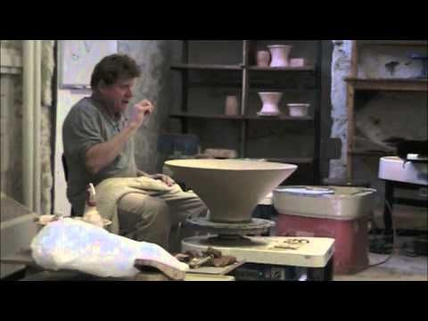 Chris Gustin demos to students his throwing and shaping methods. A must watch!