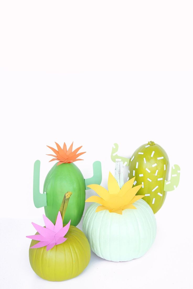 Easy DIY Spooky Finger BalloonsDIY Pizza BalloonsDIY Pizza Tree Skirt On Brit CoDIY Hamburger Holiday Tree OrnamentsDIY Cross Stitch Pumpkins On Design*SpongeWeekend Round-Up!DIY Emoji Ghost BalloonsDIY Cactus Pumpkins