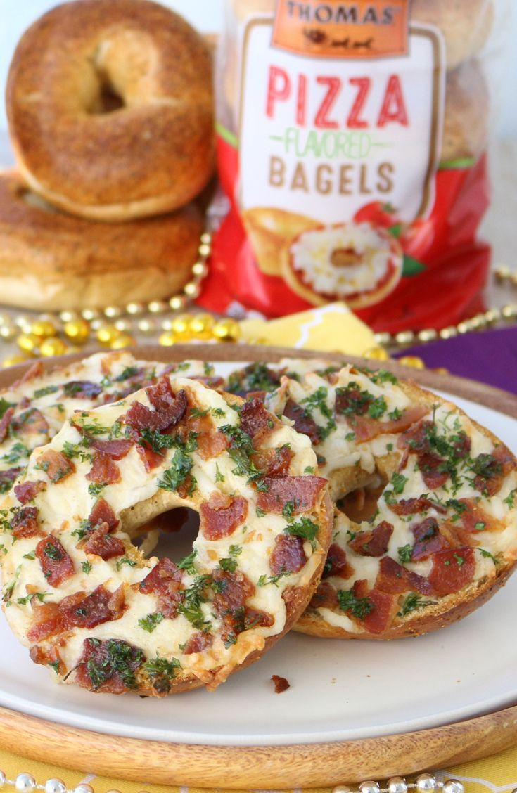 Dive into this Alfredo Pizza Bagel made with Thomas' Limited Edition Pizza Bagels. You've earned it!