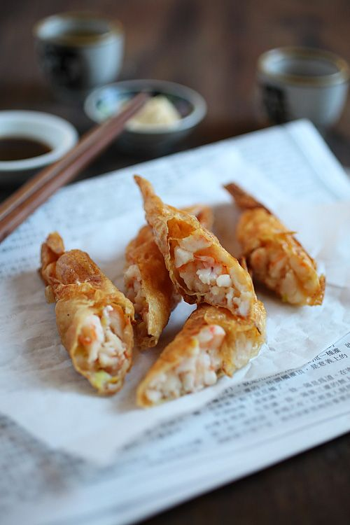 Shrimp Wrapped in Tofu Skin (鮮蝦腐皮券) -8oz shelled & deveined shrimp -1tbs finely chopped yellow chives -7-8 pieces tofu skin, cut into 6×6in pieces -Oil, for deep-frying -Worcestershire sauce or mayonnaise ~Seasonings: -1/2tsp chicken bouillon powder -1/4tsp salt -1/2tsp Shaoxing wine -1/2tsp sesame oil -3 dashes white pepper powder -1/2tsp oil