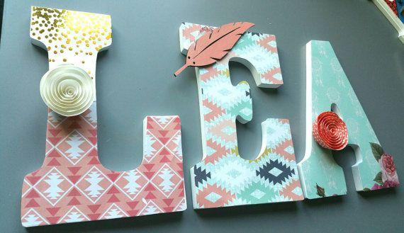 Retrouvez cet article dans ma boutique Etsy https://www.etsy.com/ca-fr/listing/472687884/lettres-muralesamerindien-wooden-letters