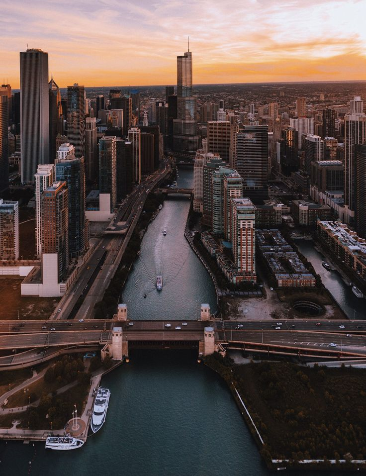 View of the Chicago River from a helicopter. Pinned by #CarltonInnMidway - www.carltoninnmidway.com