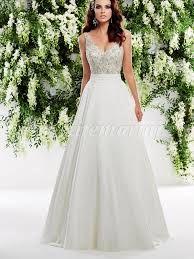 Imagini pentru rochii de mireasa simple