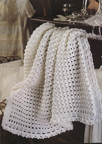 Beautiful White Afghan free crochet graph pattern. Would make a nice stole also. Just narrower than an afgan & depending on original size of afgan make stole longer or shorter.
