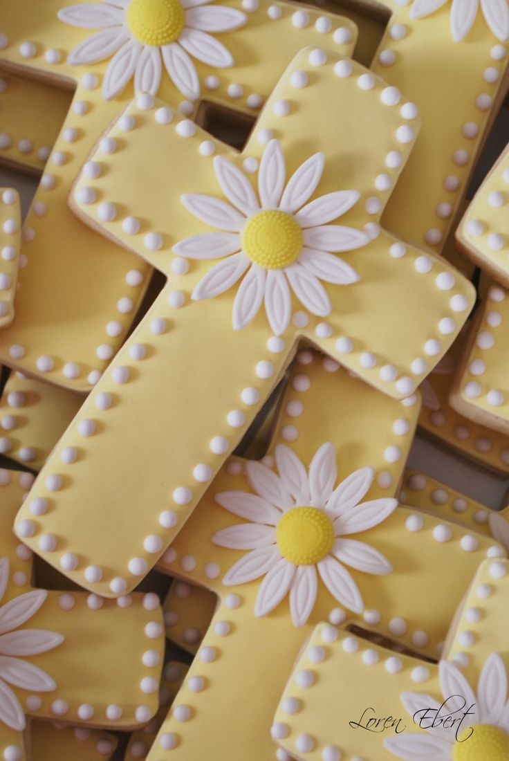 The Baking Sheet: Crosses with Daisies!