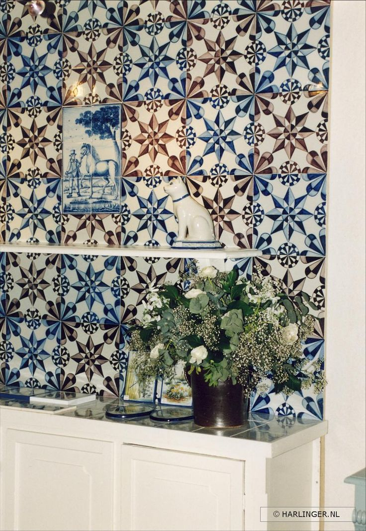handpainted and handmade tiles by Harlinger Aardewerk & Tegelfabriek #tiles