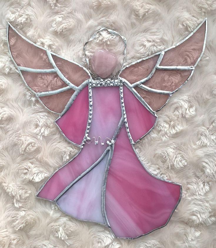 Stained glass pink angel with rose stone Tiffany růžový anděl s růženínem