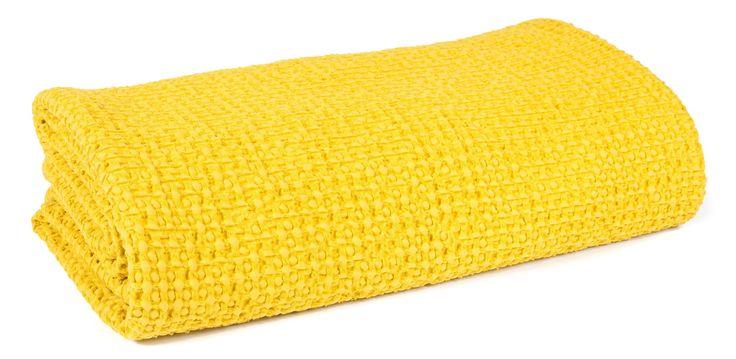 Nouvelle gamme Harmony - Couvre ..., pour découvrir http://www.home-beddings-and-curtains.com/products/harmony-couvre-lit-coton-lave-tempo-nid-dabeille-jaune-curry?utm_campaign=social_autopilot&utm_source=pin&utm_medium=pin