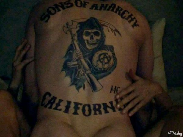 NSFW!!!! But you should click on it anyway ;) Definitive Proof That Television Will Never See An Ass Like Jax Teller's Again