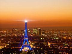 Eiffel Tower in E.U. blue. View from La Tour Montparnasse, Tour Eiffel, Paris, France - Wim Janssen