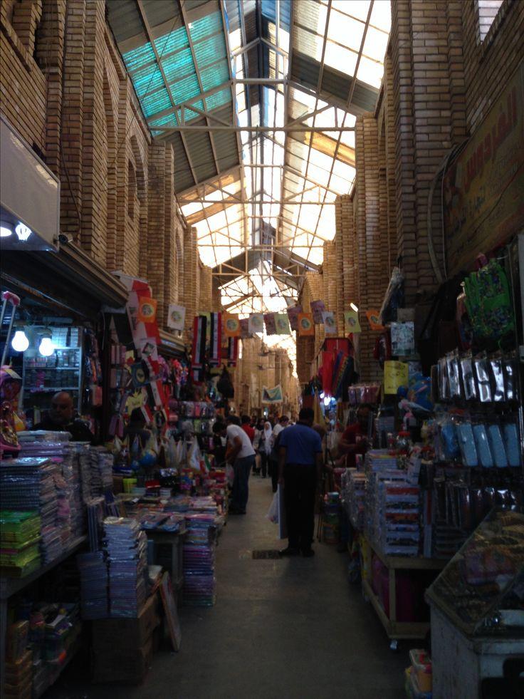Souq al Saraya, a little bazar at the Motanabi street