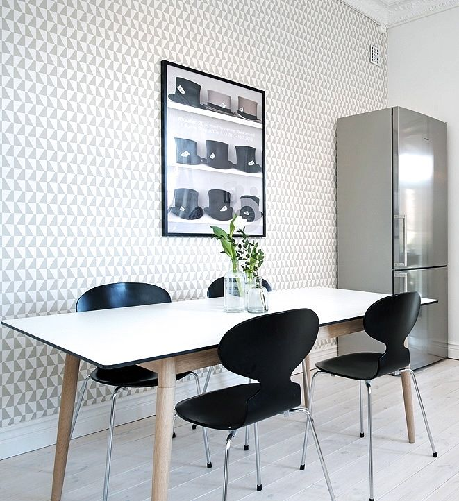 Via NordicDays.nl | White Alvhem Home | Arne Jacobsen