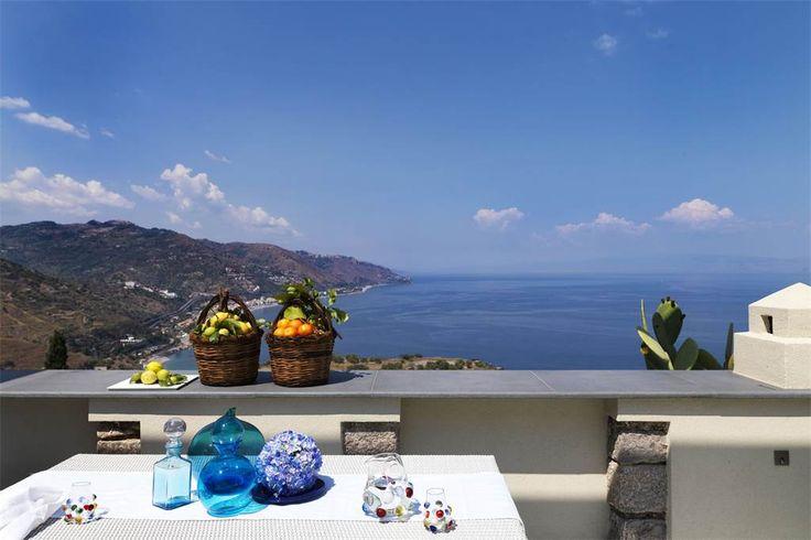 Via Luigi Pirandello Taormina, Dream villa on the sea in Taormina Messina, Italy – Luxury Home For Sale
